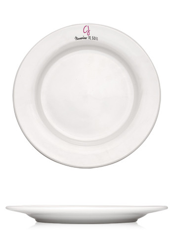 10.75-in. Vitrified Porcelain Rimmed Plates
