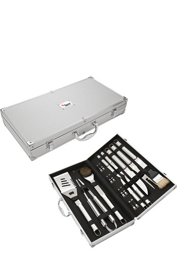 Personalized Central Park 18 Piece Steel BBQ Set