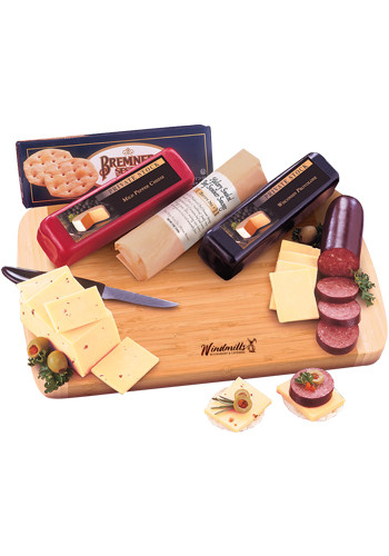 Personalized Shelf-Stable Wisconsin Variety Package with Knife and Bamboo Cutting Board