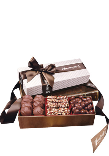 Chocolate Fantasy in White Pillow-Top Gift Box | MRWBR3001