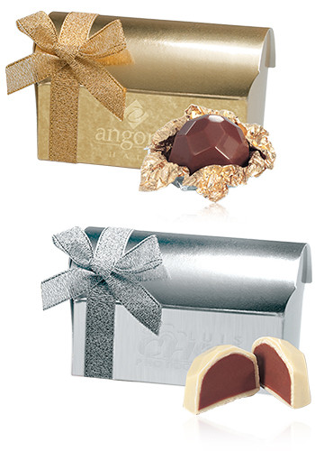 Belgian Chocolate Favor in Treasure Chest Gift Box | X10316
