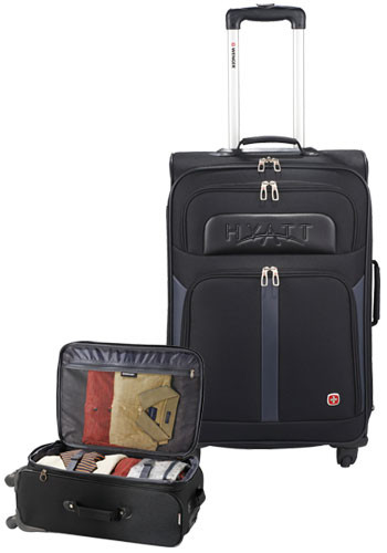 Wenger 4-Wheel Spinner 24 in. Upright Bags | LE935173