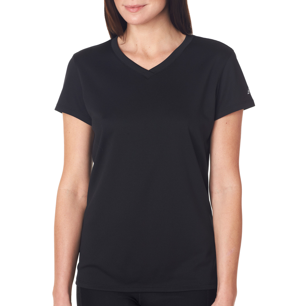 Free shipping and returns on Men's Black V-Neck T-Shirts at tokosepatu.ga