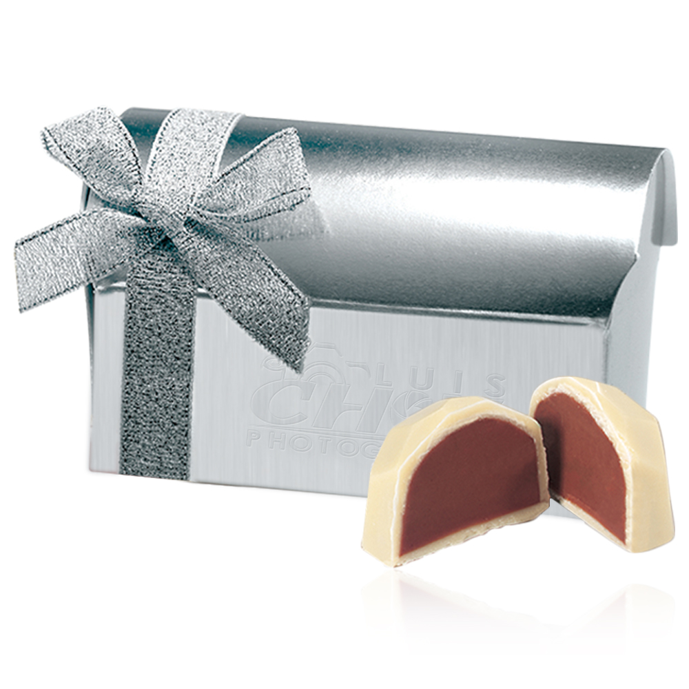 Personalized Belgian Chocolate Favor in Treasure Chest Gift Box ...